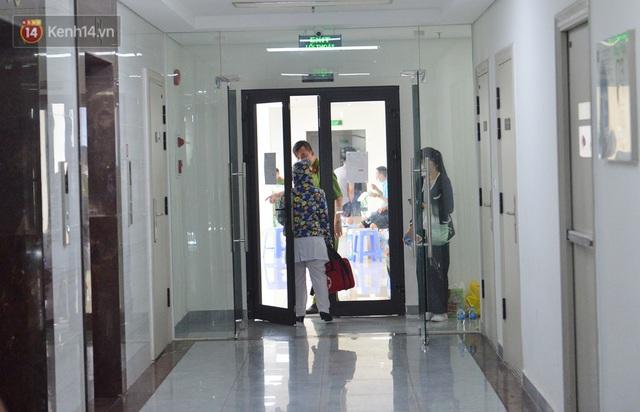 Hà Nội: Cư dân bất an sau vụ 46 người Trung Quốc nhập cảnh trái phép, thuê chung cư sinh sống - Ảnh 4.