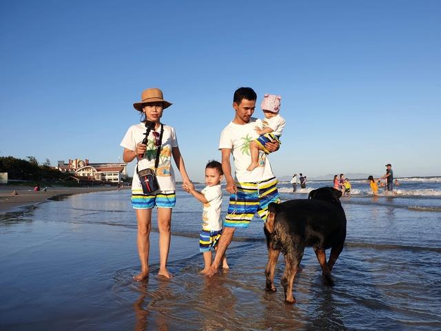 Bán hết tài sản, cặp vợ chồng Vũng Tàu đạp xe chở 2 con nhỏ đi phượt khắp Việt Nam  - Ảnh 15.