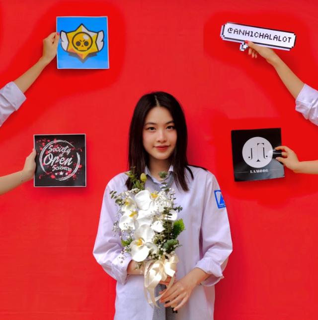 Hot girl Hà Nội thạo 3 ngôn ngữ, giành học bổng 7 tỷ từ trường Đại học hàng đầu nước Mỹ, nhà 3 đời toàn Thạc sĩ - Tiến sĩ - Ảnh 1.