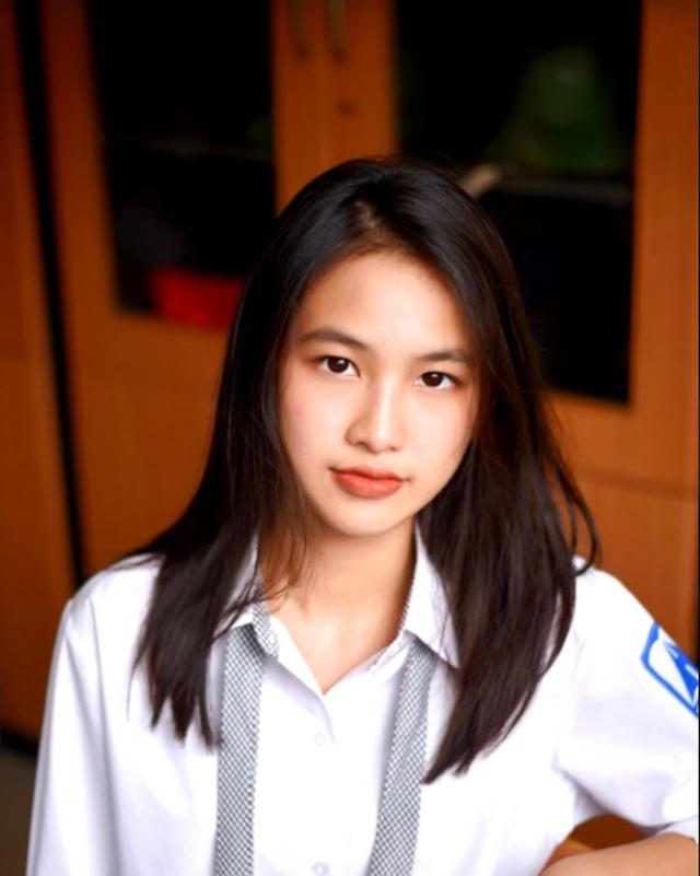 Hot girl Hà Nội thạo 3 ngôn ngữ, giành học bổng 7 tỷ từ trường Đại học hàng đầu nước Mỹ, nhà 3 đời toàn Thạc sĩ - Tiến sĩ - Ảnh 2.