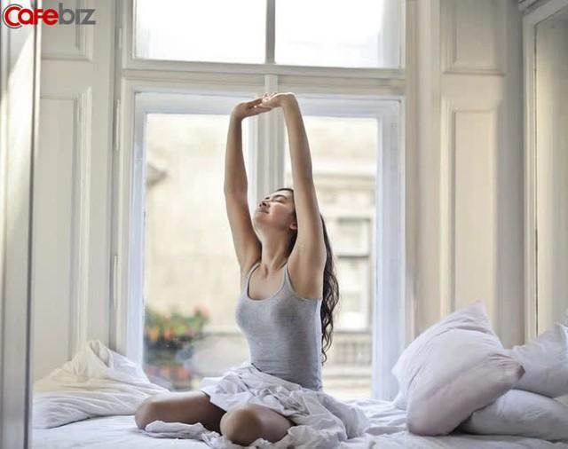 Kiên trì dậy sớm suốt nhiều năm, tôi nhận ra được 9 lợi ích đáng tiền: Đầu óc minh mẫn, trở nên đáng tin cậy hơn... - Ảnh 3.