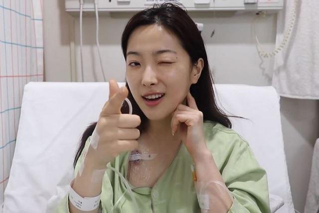 Beauty Blogger từng gây sốt với nhật ký nữ chiến binh chống ung thư đã qua đời sau 2 năm chống chọi bạo bệnh: Nụ cười của chị sẽ mãi ở đây! - Ảnh 3.