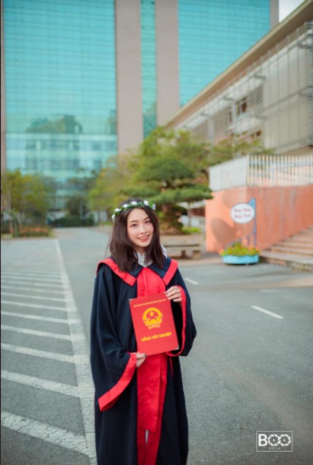 Hot girl Hà Nội thạo 3 ngôn ngữ, giành học bổng 7 tỷ từ trường Đại học hàng đầu nước Mỹ, nhà 3 đời toàn Thạc sĩ - Tiến sĩ - Ảnh 8.