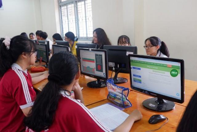 Học sinh Hà Nội có được thi học kỳ online? - Ảnh 1.