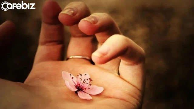 Đạo làm người: Lương tâm là nền móng, không có thì nhà sẽ sụp; đức hạnh như gốc rễ, không có cây sẽ gục mòn  - Ảnh 4.