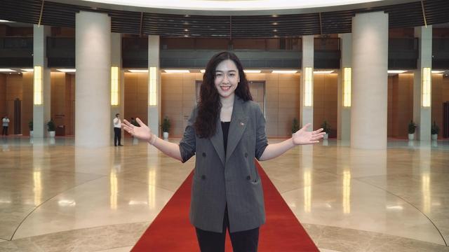 Đáp trả lời gièm pha Tại sao mấy đứa đi thi Hoa hậu về cứ muốn vào VTV làm thế? của đồng nghiệp, nữ MC trẻ đã dùng bí quyết này - Ảnh 6.