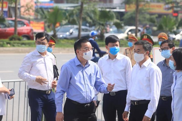Chủ tịch Hà Nội thông tin mới nhất về ổ dịch Covid-19 ở 2 Bệnh viện tuyến Trung ương - Ảnh 1.