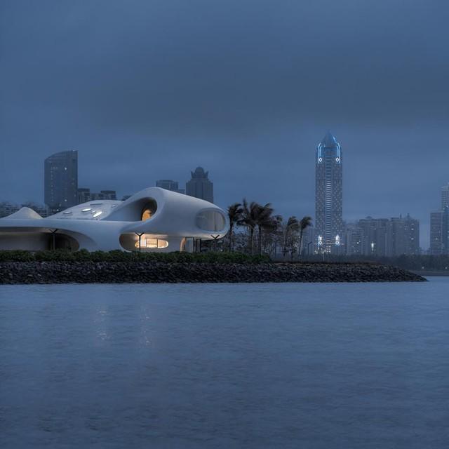 Thư viện nằm bên bờ biển có cấu trúc độc lạ, có một không hai - Ảnh 18.
