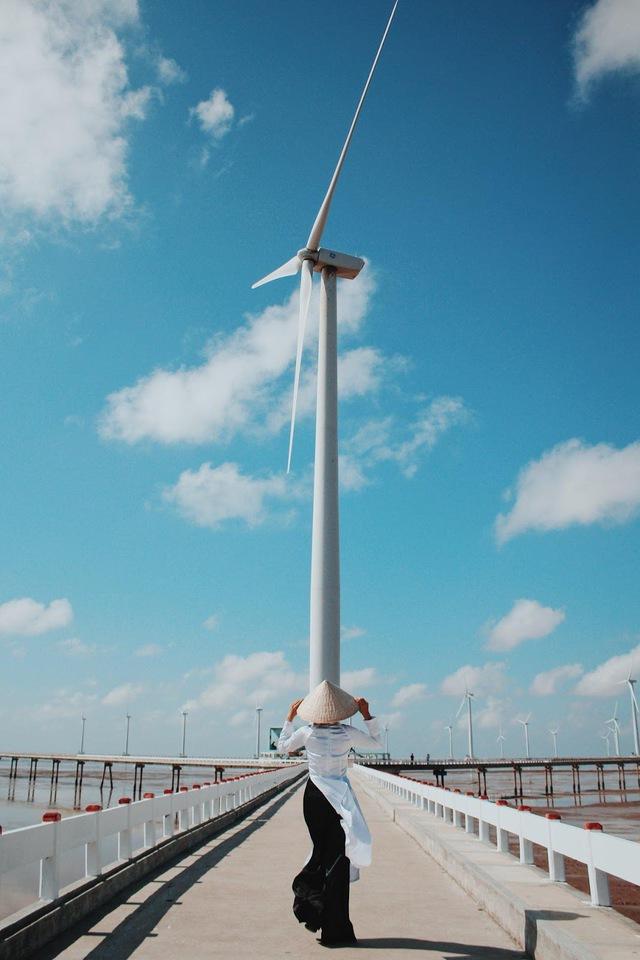 (mai) [Ảnh] 3 cánh đồng quạt gió được du khách check-in nhiều nhất  - Ảnh 7.