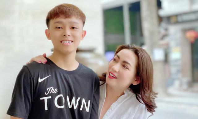 Chuyên gia truyền thông phân tích scandal của Phi Nhung: Dù ở vai trò một người quản lý - bầu show, hay ở vai trò người mẹ, kể cả mẹ nuôi, thì Phi Nhung đều tệ - Ảnh 2.