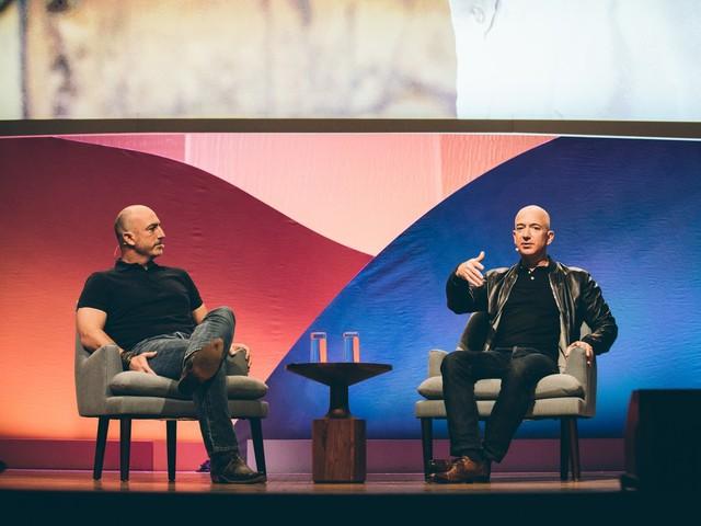 Rủi ro Jeff Bezos phải đối mặt khi bay lên trời là gì? - Ảnh 2.