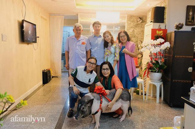 Đào Hồng Nhung - Người mẹ 2 con sáng làm văn phòng, tối làm CEO hai công ty, chia sẻ cuộc sống đầy bất ngờ khi làm dâu của mẹ chồng là Tiến sĩ Tâm lý - Ảnh 14.
