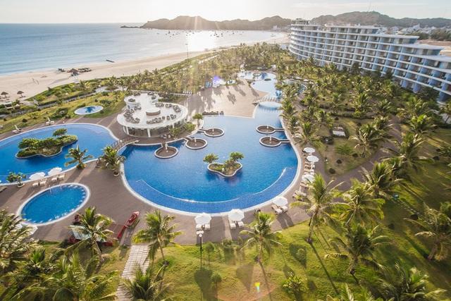 Bắt trend Staycation giữa thời giãn cách: Gia đình Việt săn kỳ nghỉ 5 sao tại resort gần nhà - Ảnh 2.