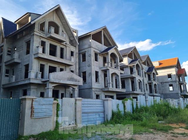 Tận thấy dự án du lịch biến thành khu toàn biệt thự để bán ở Hà Nội  - Ảnh 2.