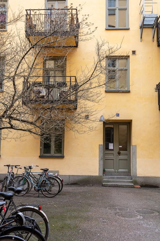 Sau nhiều năm tiết kiệm, cô gái trẻ đã mua được căn hộ 39m² và cải tạo thành không gian đẹp ngọt ngào - Ảnh 1.