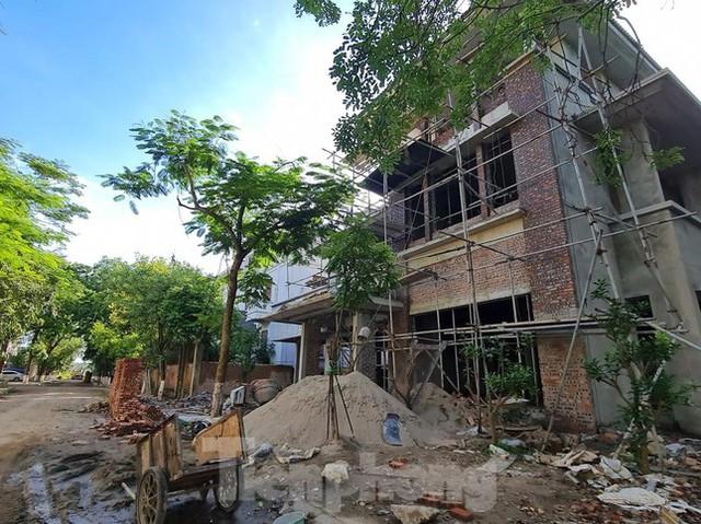 Tận thấy dự án du lịch biến thành khu toàn biệt thự để bán ở Hà Nội  - Ảnh 12.