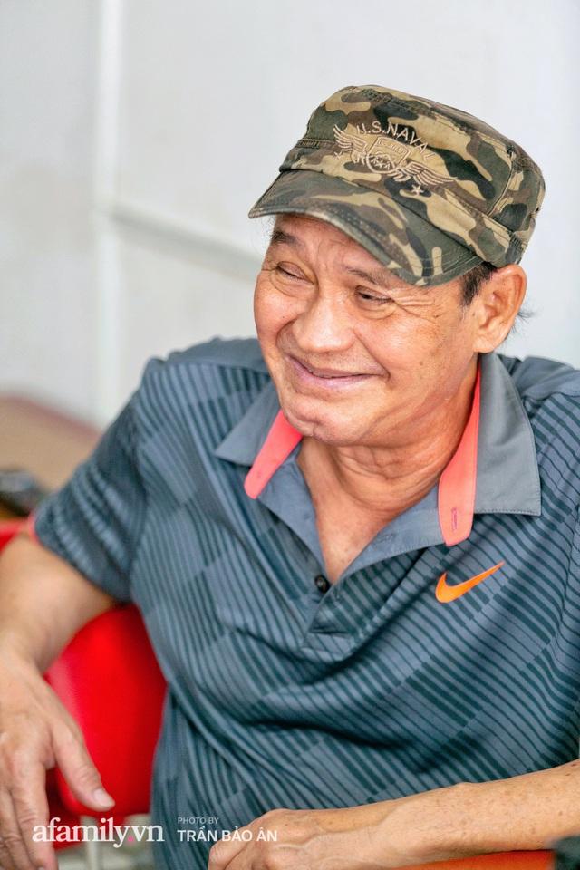 Quán bánh bèo chén của nghệ sĩ Duy Phương: Có người lặn lội đi hơn 20km để mua về, xúc động ảnh 4 người con được treo ở nơi sáng nhất  - Ảnh 14.