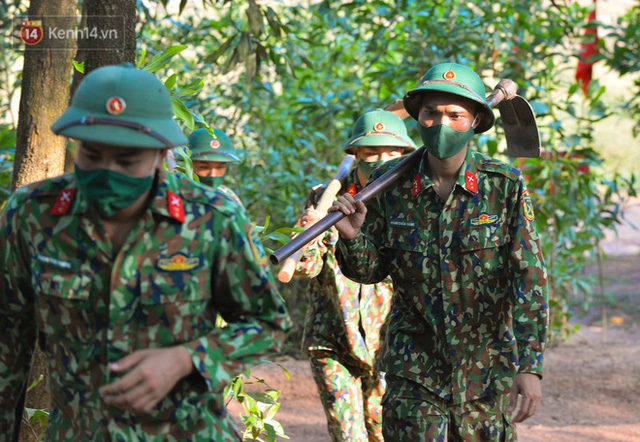 Cuộc hành quân thần tốc trong đêm của chiến sĩ Bắc Giang để nhường doanh trại cho người dân cách ly - Ảnh 20.