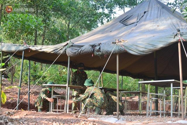 Cuộc hành quân thần tốc trong đêm của chiến sĩ Bắc Giang để nhường doanh trại cho người dân cách ly - Ảnh 4.