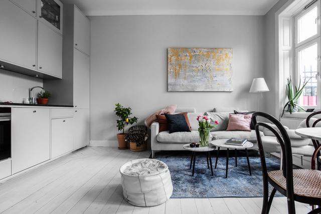 Sau nhiều năm tiết kiệm, cô gái trẻ đã mua được căn hộ 39m² và cải tạo thành không gian đẹp ngọt ngào - Ảnh 4.