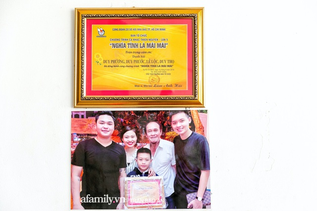 Quán bánh bèo chén của nghệ sĩ Duy Phương: Có người lặn lội đi hơn 20km để mua về, xúc động ảnh 4 người con được treo ở nơi sáng nhất  - Ảnh 6.