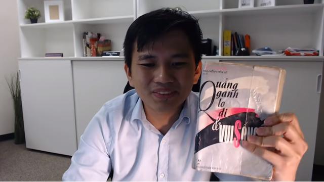 2 cuốn sách gối đầu nằm của triệu phú người Mỹ gốc Việt Vương Phạm - Ảnh 3.
