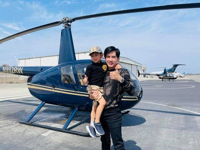 Rich kid ở Mỹ kiểu quý tử nhà Đan Trường: Đi trực thăng dạo phố, mê siêu xe và tận hưởng cuộc sống chuẩn giới thượng lưu - Ảnh 1.