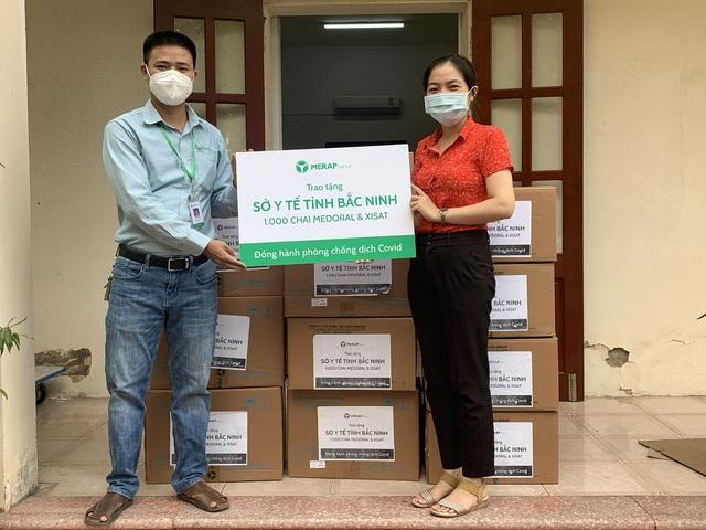 Công ty dược phẩm MERAP trao tặng 13.000 dược phẩm, trợ lực hữu hiệu cho lực lượng y tế tuyến đầu - Ảnh 1.