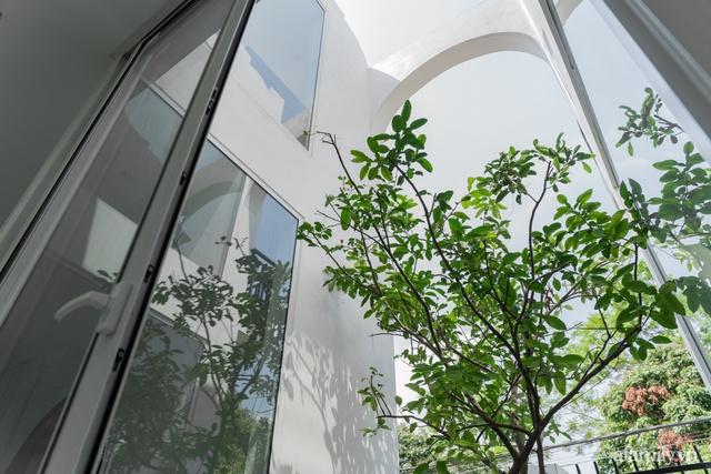 Con gái cải tạo nhà cấp 4 cũ kỹ thành nhà vườn với không gian vô cùng bình yên tặng ba mẹ ở Quảng Ninh - Ảnh 21.