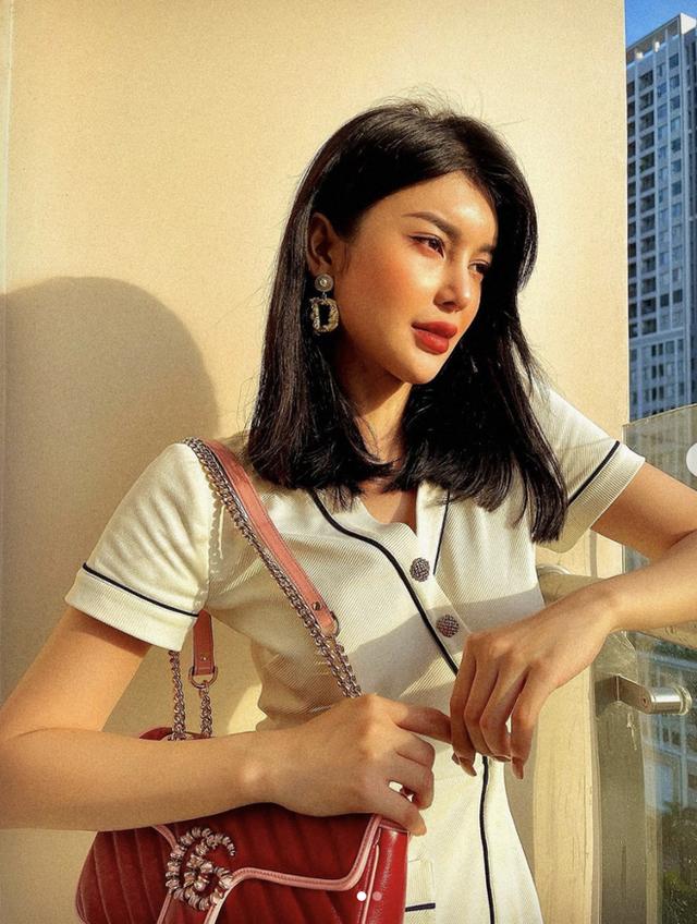 LiLy Chen - mỹ nhân bị đồn yêu cùng 1 tỷ phú với Ngọc Trinh: Tuổi thơ cơ cực sống bằng tiền từ thiện, nay sở hữu tài sản hàng chục tỷ đồng  - Ảnh 8.