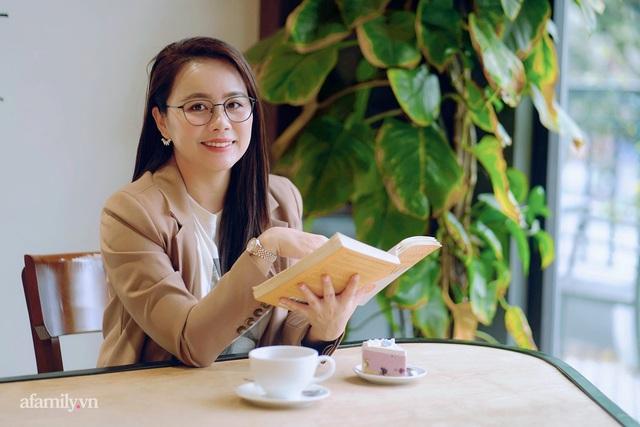 Ms Hoa TOEIC - Chủ tịch trường Anh ngữ nổi tiếng Hà Nội tiết lộ nỗi lo về 2 cô con gái truyền nhân được phát triển hai hệ ngôn ngữ song song từ khi chưa vào lớp 1  - Ảnh 3.
