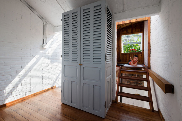 """Ngôi nhà """"nguỵ trang"""" độc đáo nhất Sài Gòn, bên ngoài xập xệ cũ nát nhưng bên trong lại là kiệt tác giữa lòng thành phố - Ảnh 7."""