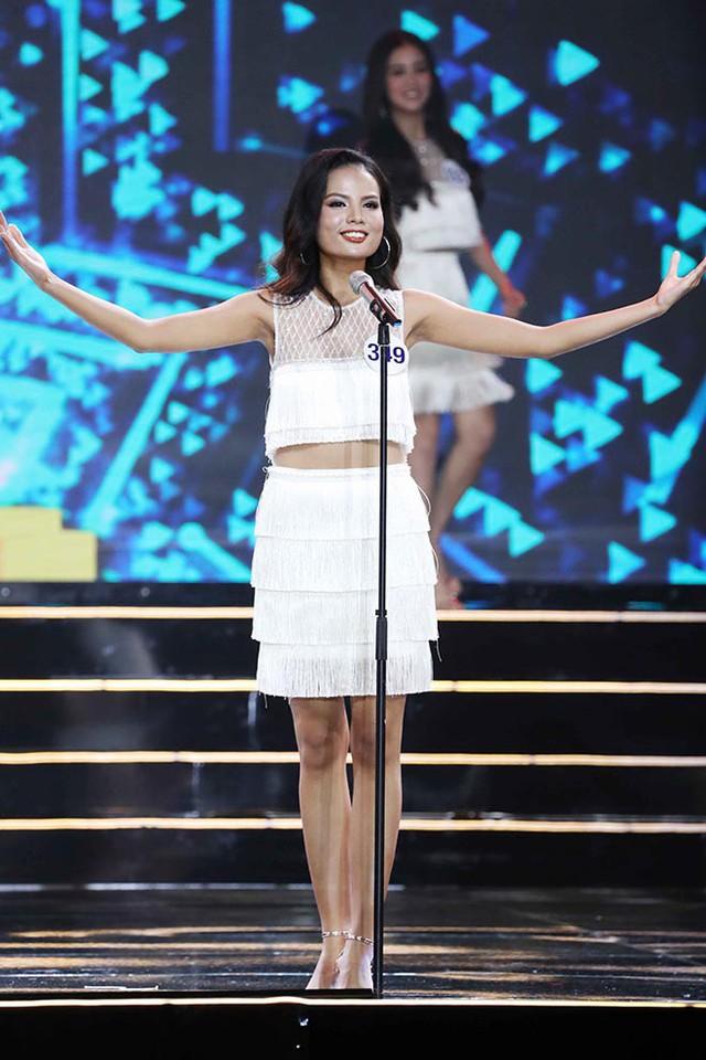 Không cần là Hoa hậu, chỉ cần em ngã vào anh là đủ: Bên cạnh nàng thơ VTV24, còn 2 người đẹp trí thức khác làm xiêu lòng đại gia Việt  - Ảnh 6.