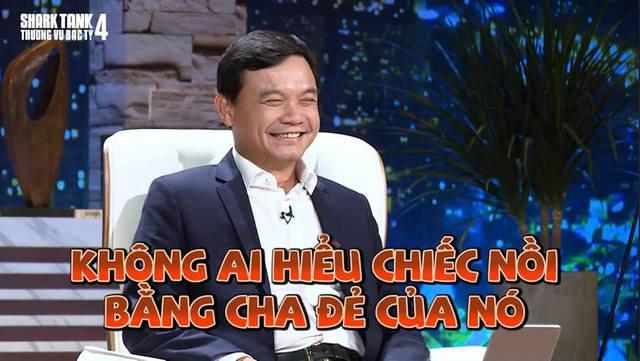 Ai rồi cũng livestream thôi: Shark Bình quảng cáo phấn nền, Shark Phú bán nồi chuẩn cơm mẹ nấu - Ảnh 1.