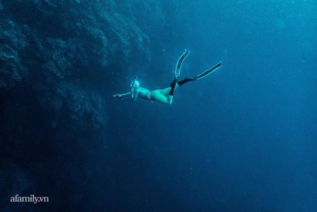 Zen Le - Cô gái Sài Gòn đam mê thể thao lặn biển đích thân trải nghiệm những tầng đại dương nguy hiểm mà không phải ai cũng được tới  - Ảnh 12.