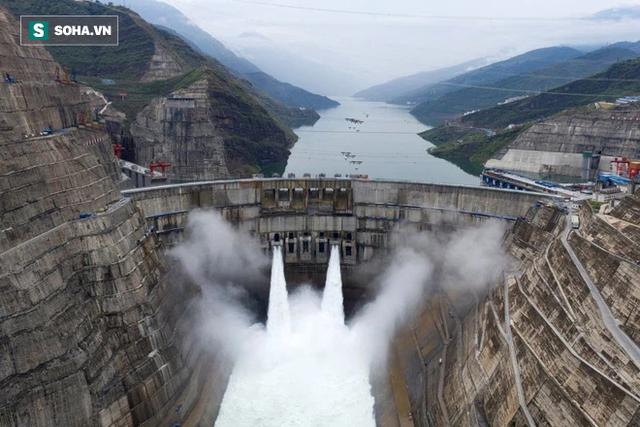 Dân đào bitcoin tháo chạy khiến đập thủy điện ở Trung Quốc ế khách, phải rao bán trên mạng Internet - Ảnh 1.