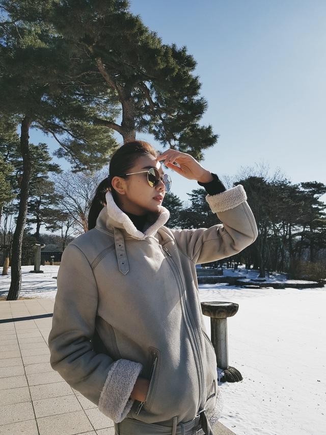 """Siêu mẫu Thanh Hằng: Chân dài kín tiếng của showbiz Việt tiết lộ về điểm đến an yên nhất và khẳng định """"nơi nào cũng đẹp như tranh"""" khi bên cạnh có người này - Ảnh 3."""