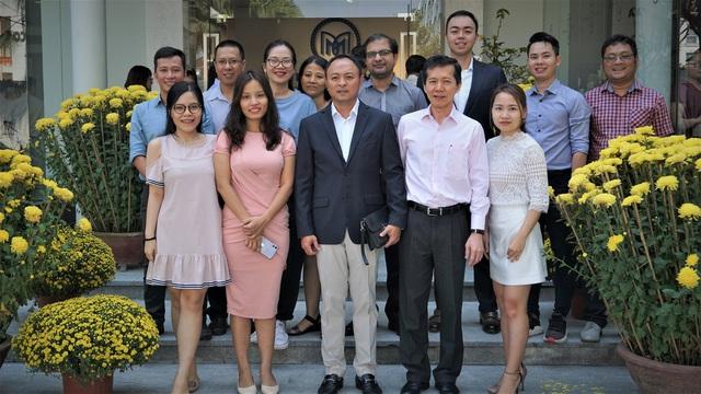 Cặp đôi F2 kín tiếng của gia tộc Sơn Kim Group: Trai tài gái sắc, học trường Top 57 Đại học tốt nhất thế giới, bước đầu tiếp quản cơ nghiệp gia đình - Ảnh 3.