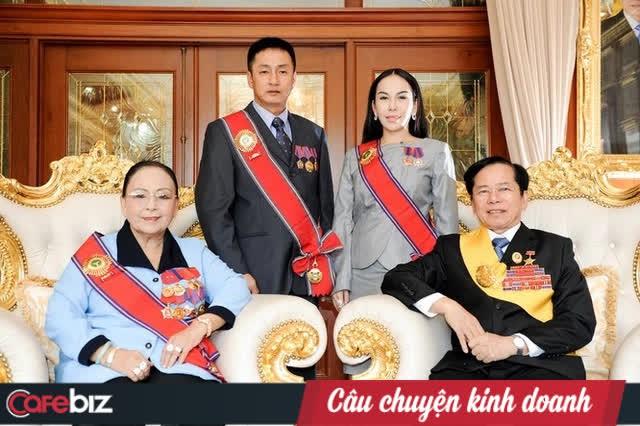 """Đại gia đứng sau """"quán quân"""" ủng hộ 500 tỷ vào quỹ Vaccine chống Covid-19: Doanh nhân thế hệ đầu của Việt Nam, từng phải xây hầm chứa vàng vì quá nhiều tiền - Ảnh 4."""