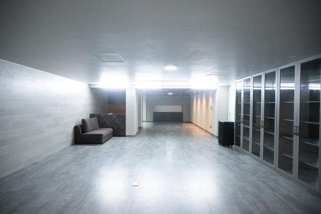 Thái Công thiết kế phòng chiếu phim tại gia siêu hoành tráng, nhưng có chi tiết khiến người sành sỏi thấy ngứa ngáy vô cùng - Ảnh 4.