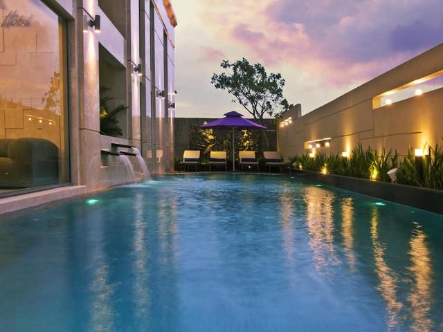 Đà Nẵng mở lại hoạt động tắm biển, loạt khách sạn 4 sao giảm giá chạm đáy: Chỉ 400 ngàn đồng/đêm, vị trí trung tâm, rating cao vút 8-9 điểm - Ảnh 12.