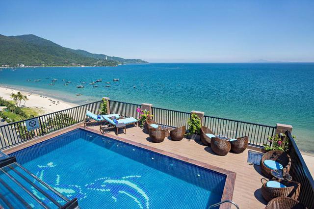 Đà Nẵng mở lại hoạt động tắm biển, loạt khách sạn 4 sao giảm giá chạm đáy: Chỉ 400 ngàn đồng/đêm, vị trí trung tâm, rating cao vút 8-9 điểm - Ảnh 4.
