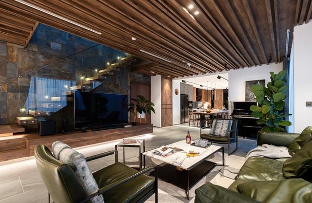 Vợ chồng 9X chi 5 tỷ cải tạo penthouse, dành hẳn 150m2 làm khu vườn trên cao để chill tại gia - Ảnh 3.
