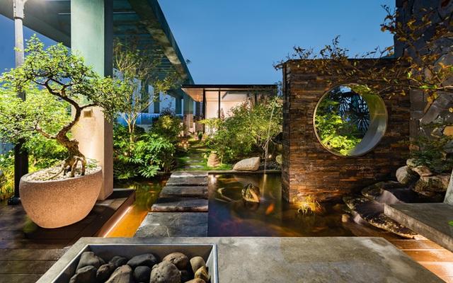 Vợ chồng 9X chi 5 tỷ cải tạo penthouse, dành hẳn 150m2 làm khu vườn trên cao để chill tại gia - Ảnh 26.