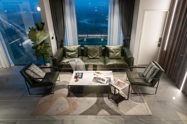 Vợ chồng 9X chi 5 tỷ cải tạo penthouse, dành hẳn 150m2 làm khu vườn trên cao để chill tại gia - Ảnh 4.