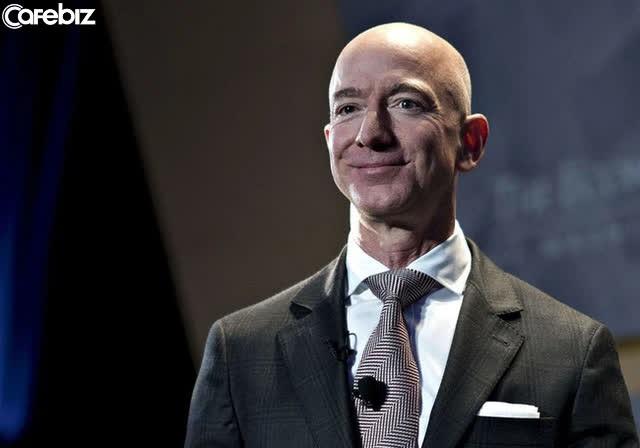 4 trong số những bài học hay nhất để thành công của Jeff Bezos trong 27 năm làm Giám đốc điều hành Amazon - Ảnh 3.