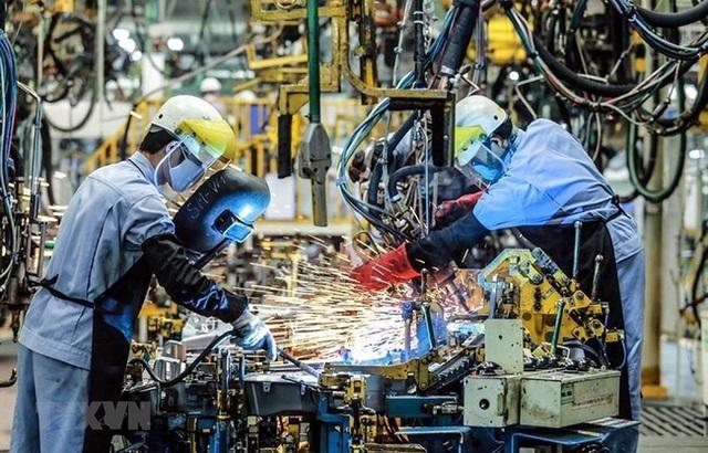 Giám đốc HSBC: VN sẽ thành một trong những nước giàu tiềm năng nhất khu vực, nâng dự báo tăng trưởng GDP 2022 lên 6,8%  - Ảnh 1.