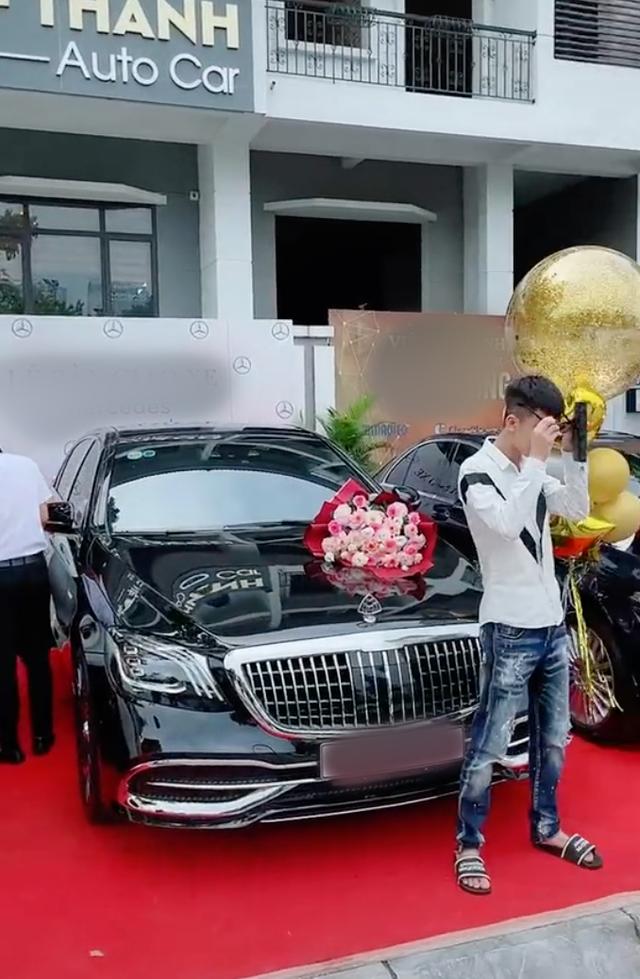 Nam thanh niên 20 tuổi ra đời với 2 bàn tay trắng tổ chức lễ nhận xe Mercedes tiền tỷ sau khi gia nhập hội tài chính 4.0  - Ảnh 2.