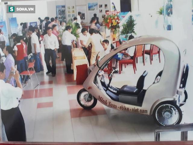 Cha đẻ chiếc ô tô điện Việt Nam chạy 100km tốn 15.000 đồng tiền điện: Tôi đã phải bán nhà - Ảnh 2.