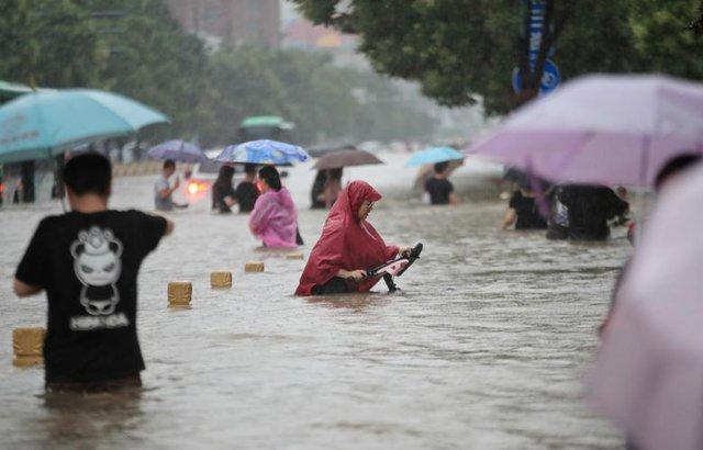 'Mưa lớn nhất 1.000 năm' gây lụt nặng ở tỉnh miền trung Trung Quốc - Ảnh 6.